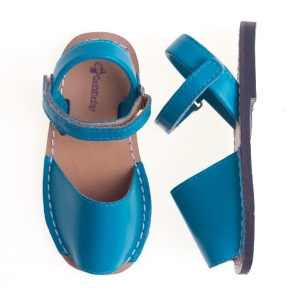 sandalia-infantil-avarca-azul-hokibaby